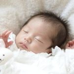 赤ちゃんの突然死[SIDS]の予防グッズ!効果と体験談について!